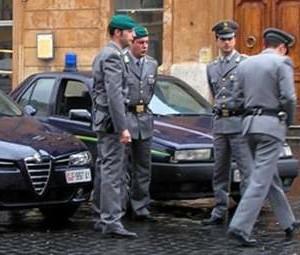 """GUARDIA DI FINANZA COSENZA: OPERAZIONE """"AUTO STOP"""". SEQUESTRATA AL BOSS FRANCO MUTO UN'AUTOVETTURA NUOVA DEL VALORE DI EURO 26.500"""