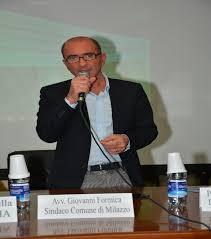 Dura replica del sindaco Formica al consigliere Foti sulla questione rifiuti