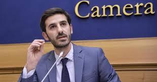 Odori molesti a Milazzo, il sindaco Formica risponde ai deputati del Movimento 5 Stelle