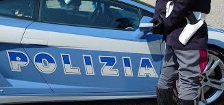 Rapinano supermercati per pagare la droga ed i riti esoterici del santone. Due arrestati a Genova