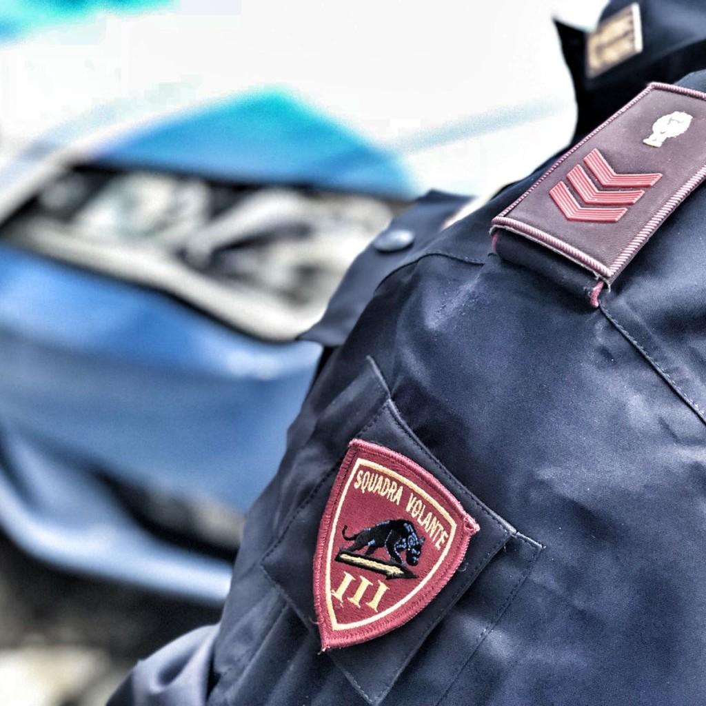 Sotto l'effetto di droga alla guida. La Polizia di Stato di Messina lo arresta dopo una folle corsa