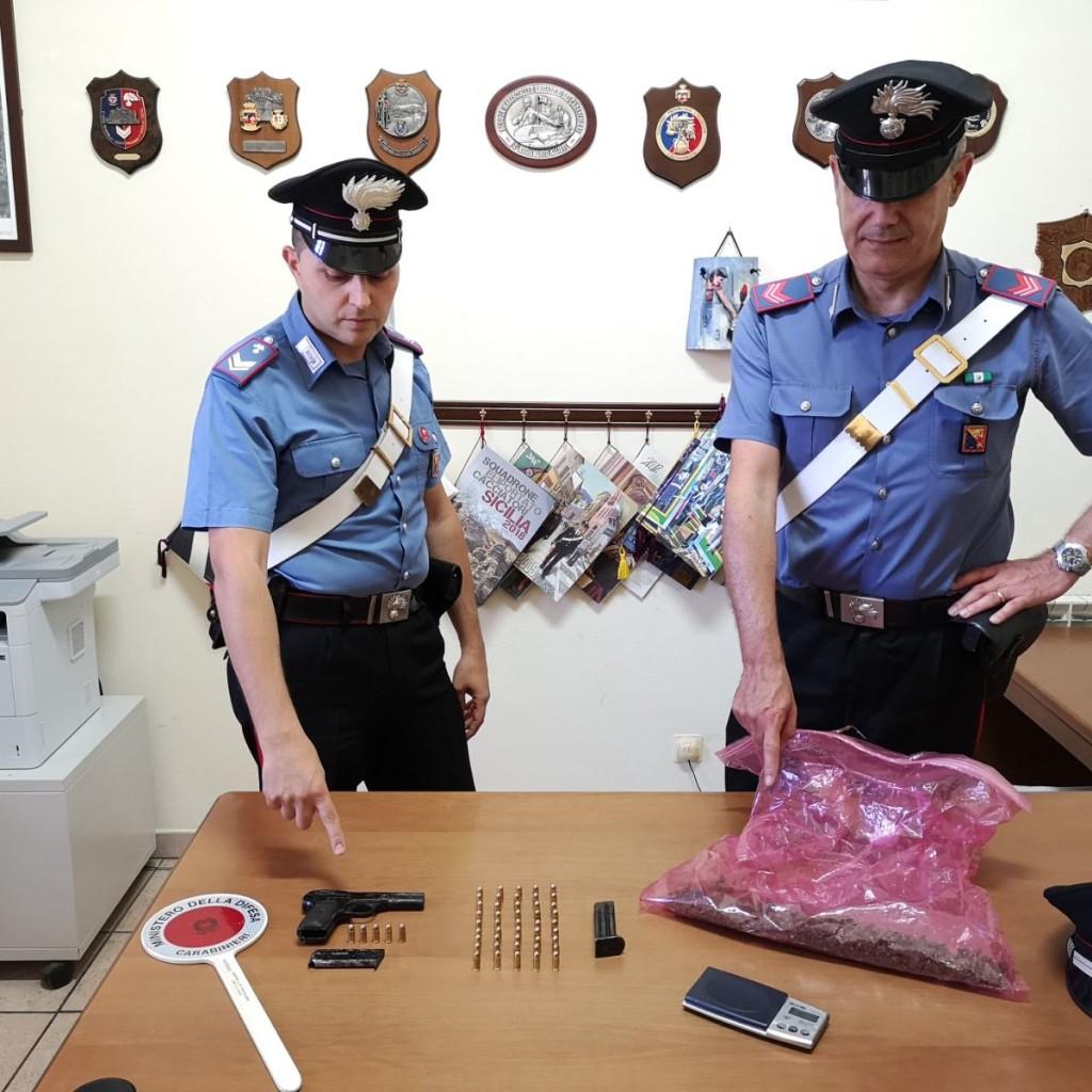 GAGGI (ME): ARMI E DROGA IN CASA: ARRESTATO CITTADINO ITALIANO DAI CARABINIERI DI FRANCAVILLA DI SICILIA