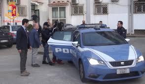 Rissa in piazza della Repubblica. La Polizia di Stato arresta i due protagonisti della vicenda. Ad intervenire le Volanti della Questura di Messina