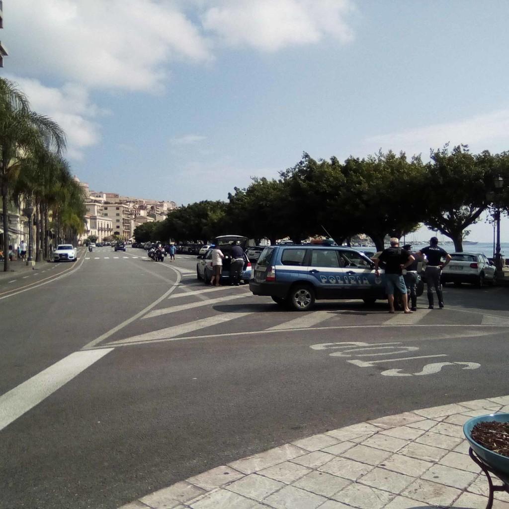 Sicurezza su strada. Controlli straordinari della Polizia di Stato.  A Milazzo la Polstrada eleva sanzioni per oltre 15.000 euro, sequestrati, inoltre, numerosi mezzi