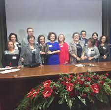 """Domenica s'inaugura in via Crispi la """"panchina rossa"""""""