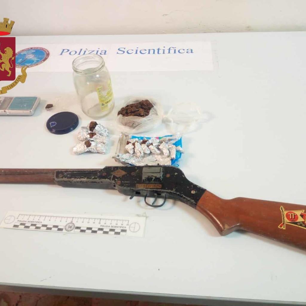 Marijuana e hashish in casa. La Polizia di Stato arresta 54enne messinese. Ad intervenire i poliziotti della Squadra Mobile