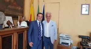 Stamane visita di cortesia del console onorario della Federazione Russa on. Giovanni Ricevuto al sindaco metropolitano on. Cateno De Luca