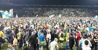 """Festeggiamenti promozione Frosinone Calcio – Serie A amara per 11 tifosi , """"daspati"""" – 3 denunciati – dopo le serrate indagini della Polizia di Stato"""
