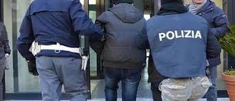 Alle 13.45 di oggi, scortato da personale Interpol, sbarca all´aeroporto di Roma Fiumicino, con volo proveniente da Bruxelles, il siriano HAJ OSMAN Abdulkarim, ricercato in campo internazionale dall´AG di Cagliari per terrorismo