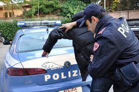 Fermo di Polizia giudiziaria del presunto autore del reato di violenza sessuale consumata in Reggio Emilia
