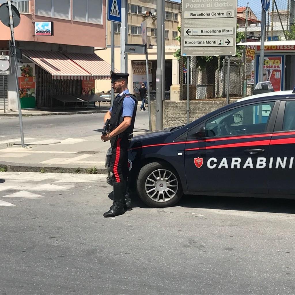 Furnari: chiama i soccorsi per il motorino bruciato, ma era gravato da un ordine di carcerazione. Carabinieri arrestano rumeno 46 enne