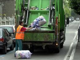 Ripreso il servizio di raccolta rifiuti. Durissima presa di posizione del sindaco Formica
