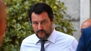 Diciotti, Salvini contro l'Ue