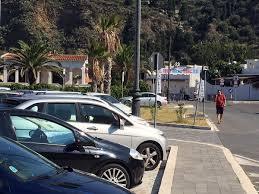 Sosta a tempo in via Tono e transito limitato solo ai residenti nelle altre strade collaterali