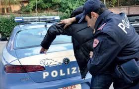 La Polizia di Stato di Lecco, ha eseguito 7 misure cautelari, delle quali 5 custodie in carcere e 2 sottoposizioni agli obblighi di presentazione alla P.G., in forza delle ordinanze emesse dai GIP dei Tribunali di Lecco e Como