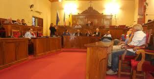 Consiglio comunale di Milazzo rinviato per mancanza di numero legale