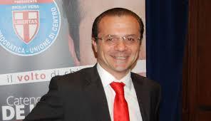 Palazzo dei Leoni, il sindaco metropolitano De Luca ribadisce l'ordinanza di chiusura dei plessi scolastici non a norma. La decisione scaturita stamane dopo un ampio dibattito con dirigenti scolastici e responsabili tecnici