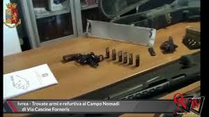 IVREA: RINVENUTE ARMI E ALTRO MATERIALE DI PROVENIENZA FURTIVA IN CAMPO NOMADI  INGENTE SEQUESTRO DELLA POLIZIA DI STATO