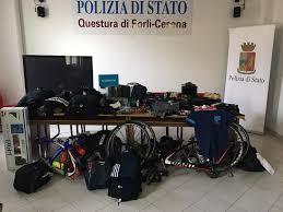 La Polizia di Stato di Forlì ha eseguito 14 misure cautelari per associazione a delinquere finalizzata alla commissione di furti aggravati, per ricettazione e per riciclaggio