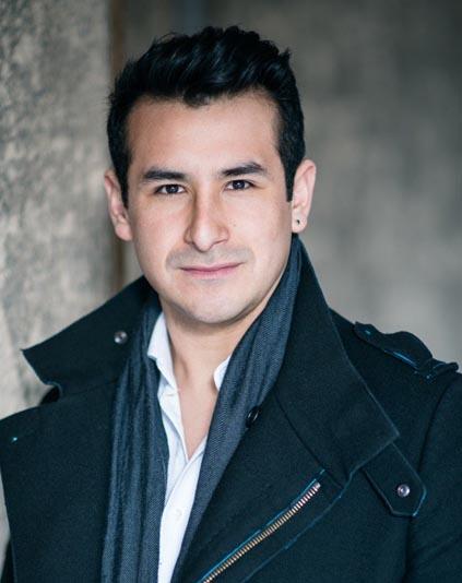Il tenore Alvaro Zambrano a Torino, nell'Elisir D'Amore di Donizetti
