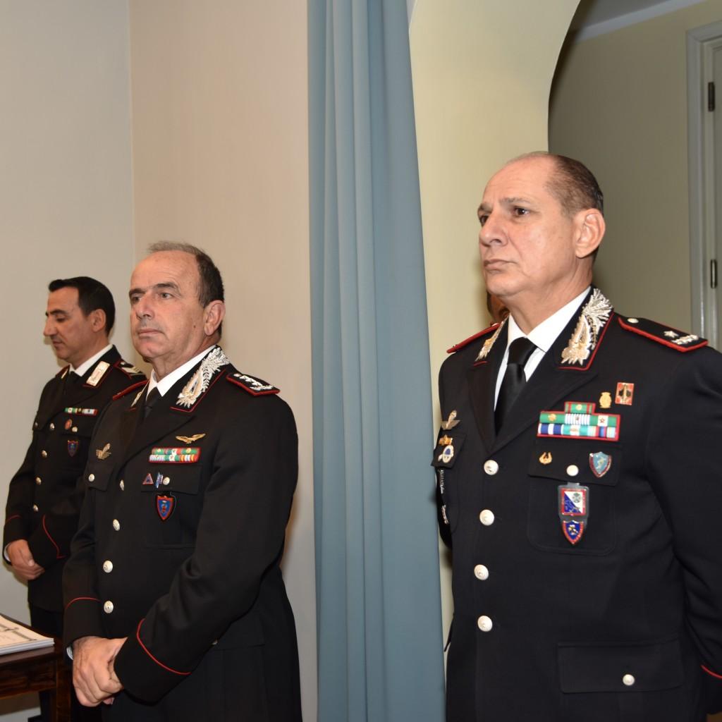 Messina: il Generale Luigi Robusto consegna la Medaglia Mauriziana ai Carabinieri che hanno svolto 50 anni di carriera militare