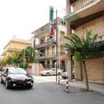 Messina (ME): i Carabinieri arrestano due ladri sorpresi a rubare in due negozi del centro