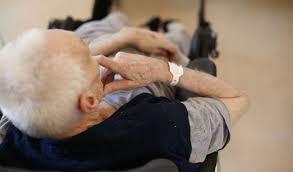 Pavia, eseguita ordinanza di custodia cautelare ai domiciliari per due soggetti responsabili di maltrattamenti ad anziani degenti in casa di cura