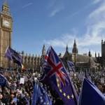 """Brexit, 500 mila in piazza a Londra per nuovo Referendum contro uscita dall'Ue: """"Ridare la parola al popolo"""""""