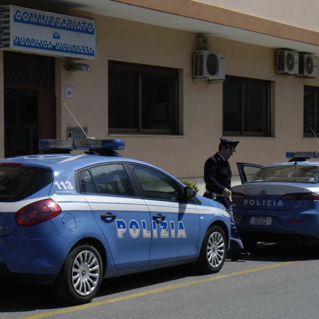 La Polizia di Stato arresta trentenne per resistenza a P.U. e danneggiamento