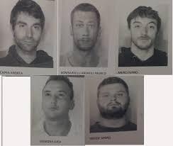 """TRENTO – Operazione """"DARKNET"""" . Cinque italiani ed uno straniero arrestati per stupefacente importato dalla Spagna. Sequestrati oltre 20 kg di stupefacente"""