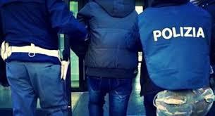 Reggio Calabria, eseguite dalla polizia 10 ordinanze di custodia cautelare per vari reati