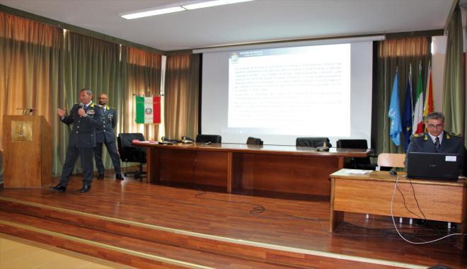 """Il Majorana di Milazzo incontra La Guardia di Finanza: """"Insieme per la Legalità"""""""