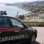 Messina: alla guida senza patente si finge il fratello gemello, ma viene tradito dal tatuaggio. Denunciati dai Carabinieri