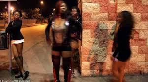 Brescia, tre nigeriani arrestati dalla Polizia per tratta di esseri umani e sfruttamento della prostituzione