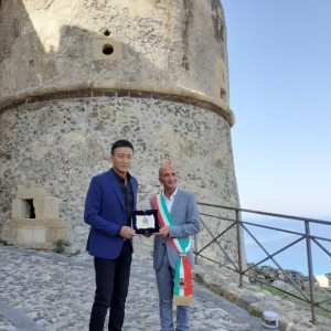 La Cittadella Fortificata set per un giorno del reality show Little Journey