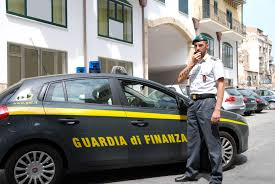 Como e Milano, ordinanza cautelare per 34 indagati accusati di sottrazione fraudolenta di pagamento imposte