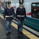 """17 arrestati, 200 indagati e 36.000 identificati: il bilancio della settimana della Polizia di Stato sui treni e nelle stazioni ferroviarie.  Controlli intensificati nell'ambito dell'operazione """"Rail Action Day 24 Blue"""""""