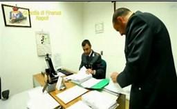 Il Comando Provinciale della Guardia di Finanza di Napoli, al termine di indagini coordinate dalla Direzione Distrettuale Antimafia partenopea, ha dato esecuzione ad un'ordinanza di custodia cautelare emessa dal GIP del Tribunale di Napoli nei confronti di 5 persone