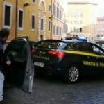 GUARDIA DI FINANZA ROMA: PAX MAFIOSA PER SCONGIURARE UNA GUERRA TRA CLAN. ARRESTATI SALVATORE CASAMONICA E UN AVVOCATO