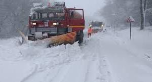 Emergenza neve, i mezzi e gli operatori della Città Metropolitana in azione per garantire la percorribilità delle strade provinciali