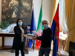 Mascherine e buoni spesa donati dal Pd al Comune di Milazzo