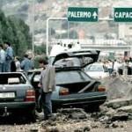 Le drammatiche immagini della Strage di Capaci del 23 maggio 1992. Dopodomani ricorre il tragico anniversario