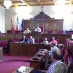 Vertenza Raffineria, Consiglio comunale approva un documento
