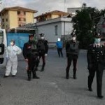 POLICORO (MT): SI BARRICA IN CASA, INTERVENGONO I CARABINIERI
