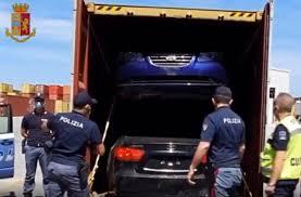 Auto di lusso rubate, la Polizia sventa traffico internazionale nel Porto di Gioia Tauro