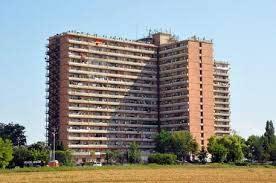 MACERATA: SMANTELLATA CENTRALE DELLO SPACCIO ALL'HOTEL HOUSE. ESEGUITE QUATTRO ORDINANZE DI CUSTODIA CAUTELARE