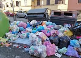 Riprende la raccolta dei rifiuti. Appalto sino a settembre, rigettata sospensiva della Super Eco