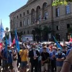 Protesta pacifica dei dipendenti Ram davanti al Comune. Sindacati incontrano Formica