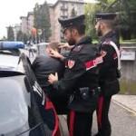 MESSINA: per gelosia spara contro la finestra del rivale, 35enne arrestato dai Carabinieri per minacce aggravate e porto abusivo di arma comune da sparo