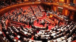Ridurre i parlamentari? Meglio: abolire il Parlamento